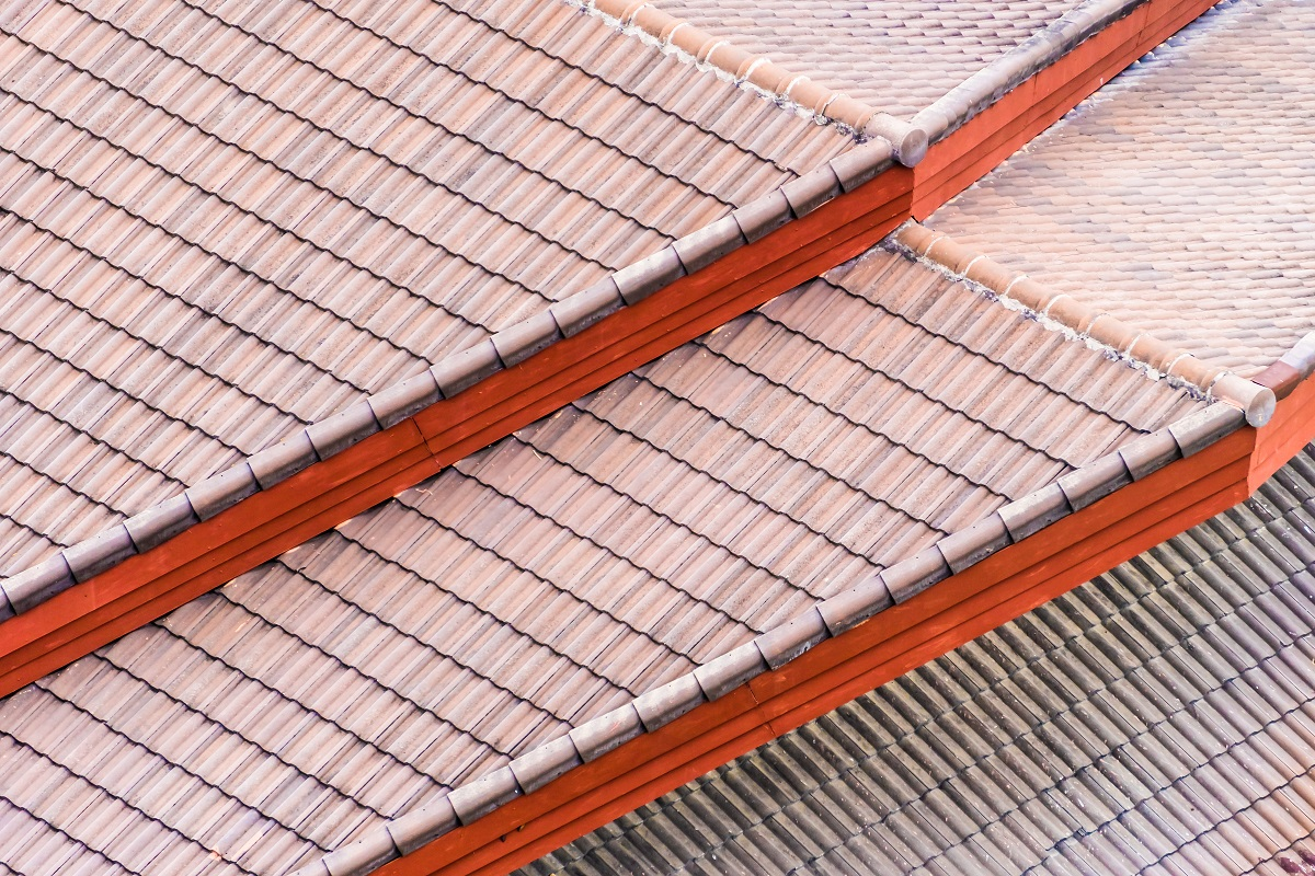 Four Benefits of Soft Washing Your Roof