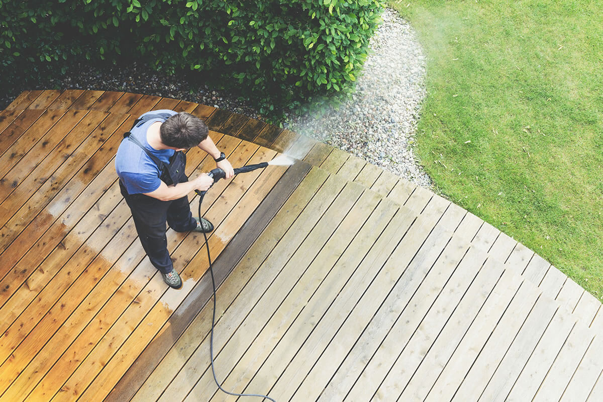 Five Residential Jobs Professional Pressure Washers Can Perform