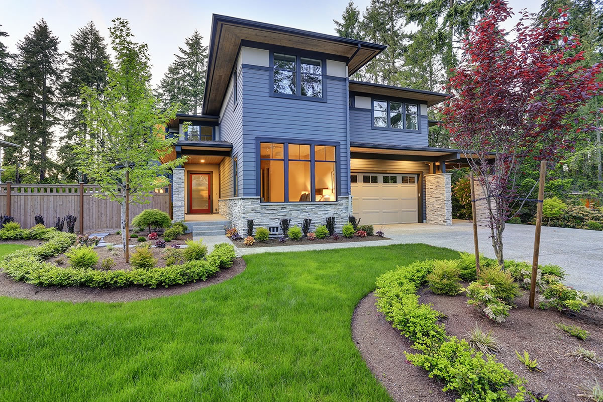 Five Simple Ways to Create Curb Appeal in Your Front Yard